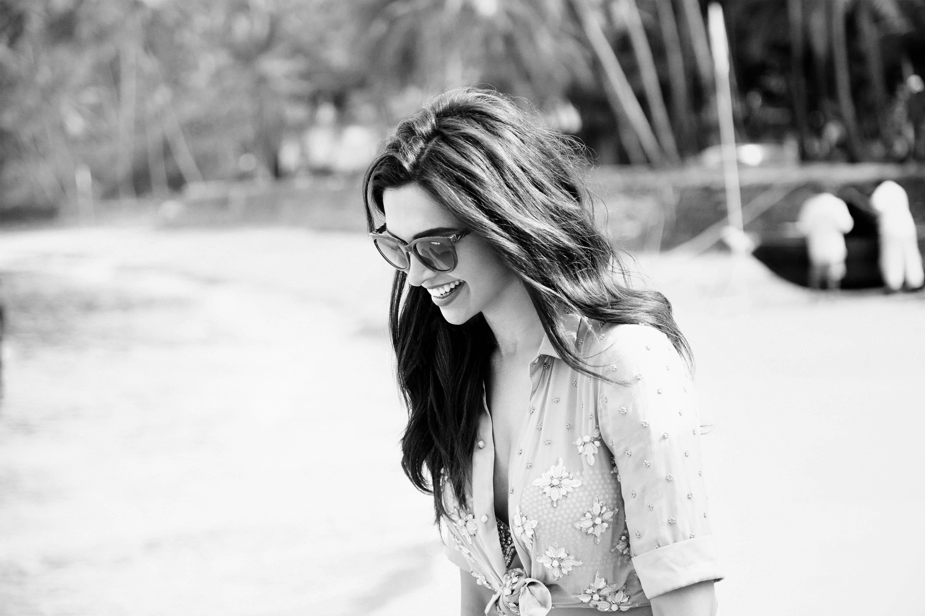 Vogue Eyewear_Deepika Padukone_bw